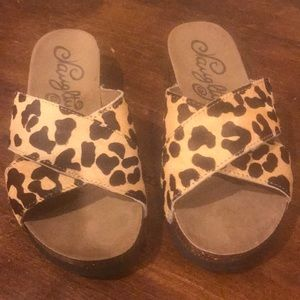 Shoes - Cheetah size 6.5 new sandals